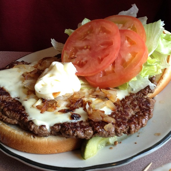 California Cheeseburger @ White Haven Family Diner