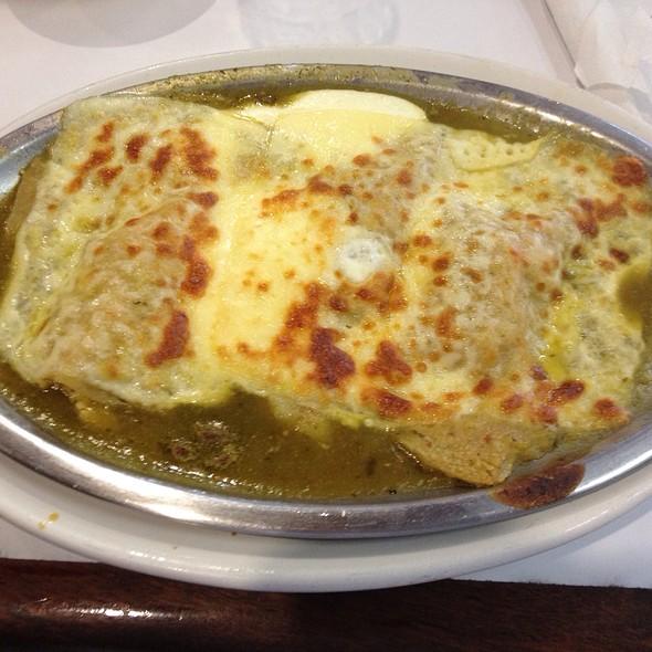 Enchiladas Gratinadas @ Café La Pagoda