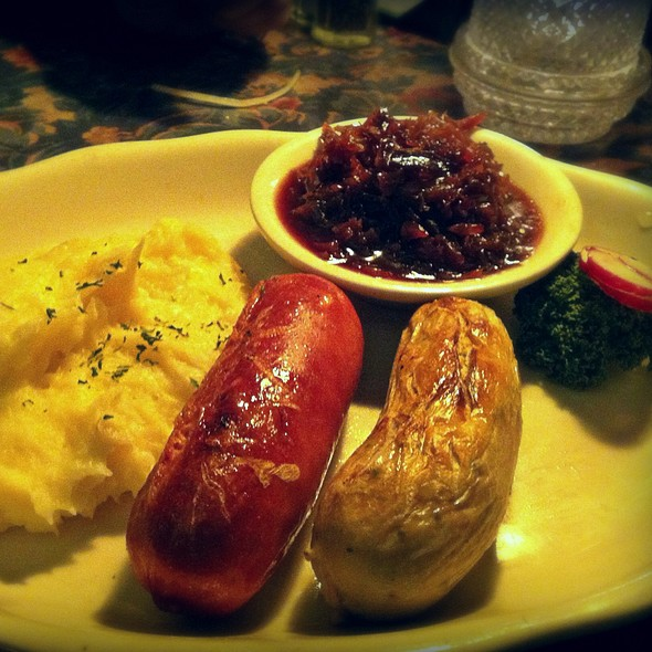 Knockwurst And Weisswurst @ Shippys Pumpernickels East Restaurant