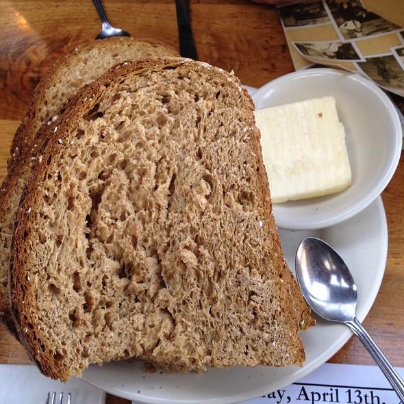 Bread @ Walpack Inn