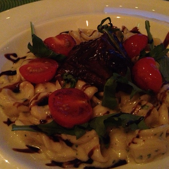 Short Rib And Blue Cheese Pasta - Shor Seafood at the Hyatt Resort & Spa, Key West, FL