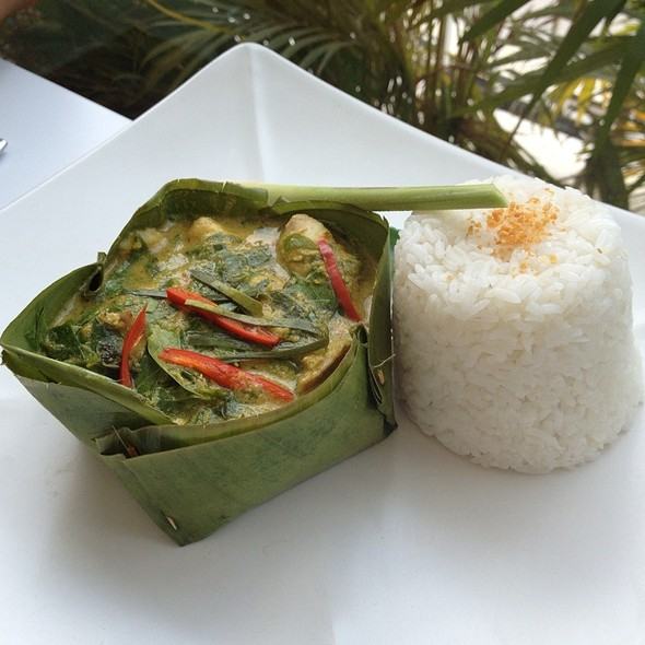 Fish Amok @ Blue Pumpkin Cafe Phnom Penh