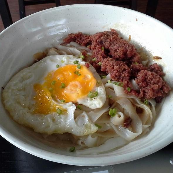 Corned Beef Kway Tiaw @ Ricebowl Victory