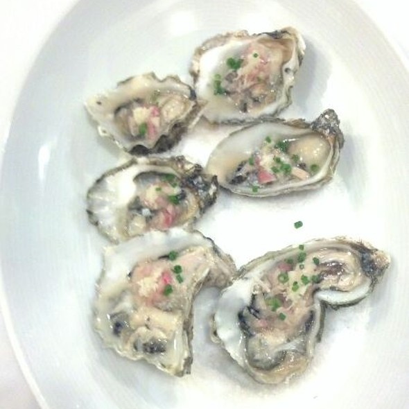 Kumomoto Oysters - Amuse Restaurant, Ashland, OR
