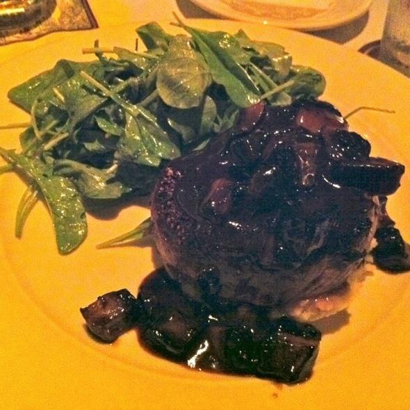 Tenderloin Filet - Tommy Bahama Restaurant & Bar - Mauna Lani, Big Island, Kamuela, HI