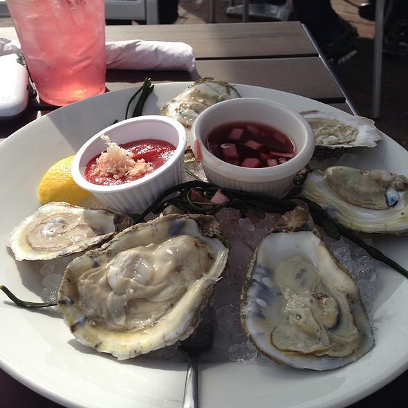 Oysters - Tony & Joe's Seafood Place, Washington, DC
