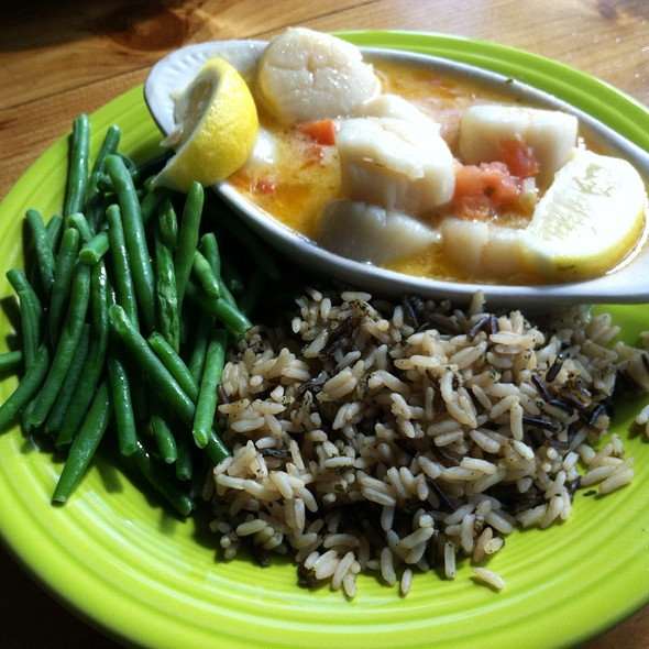 Broiled Scallops @ The Marina