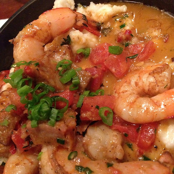 Shrimp and Grits @ Lüke