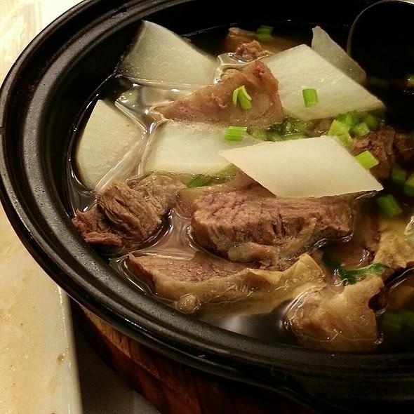 Stewed Beef Brisket Pot @ Chiuchow Garden Restaurant
