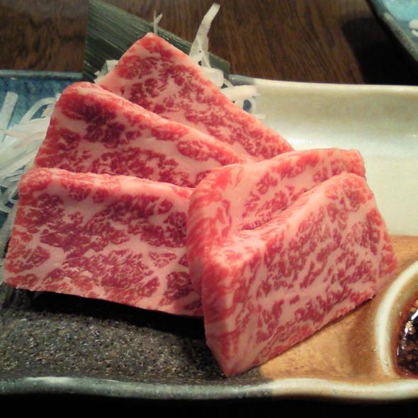 Beef Sashimi @ 赤坂大関 (Akasaka Ozeki)