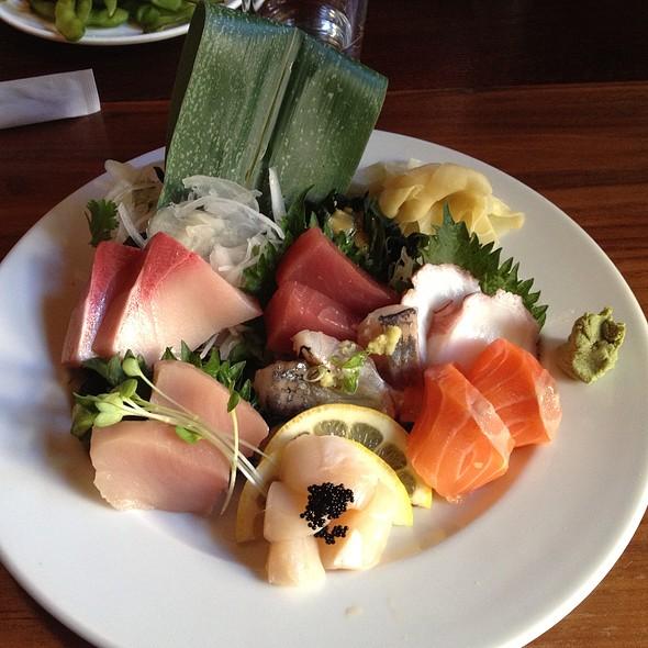 Omakase Sashimi - Momiji Restaurant, Seattle, WA