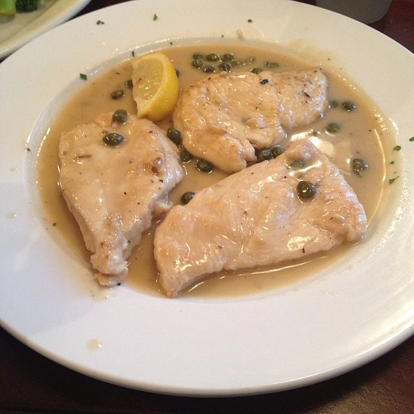 Chicken Piccata @ Tina's Bagel Factory