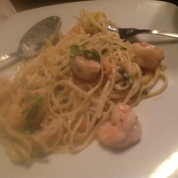 Shrimp Scampi - The Pirates' House, Savannah, GA