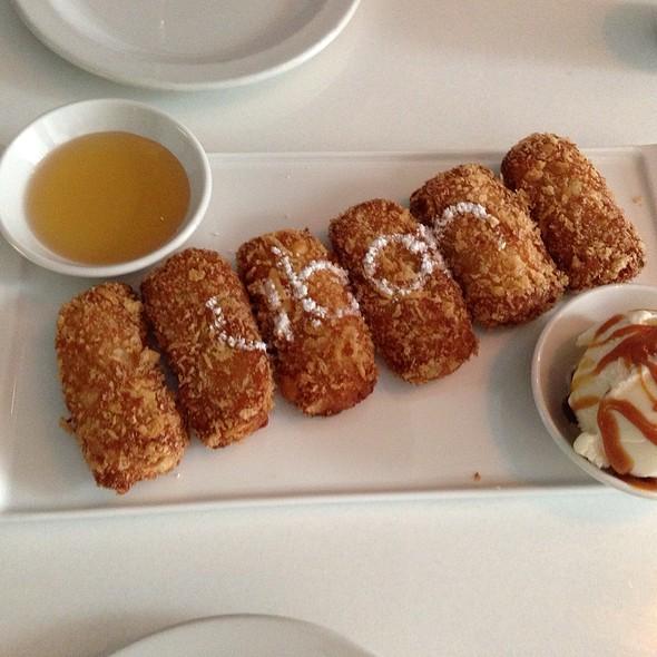 Crispy Fried Bananas And Ice Cream @ Ubon