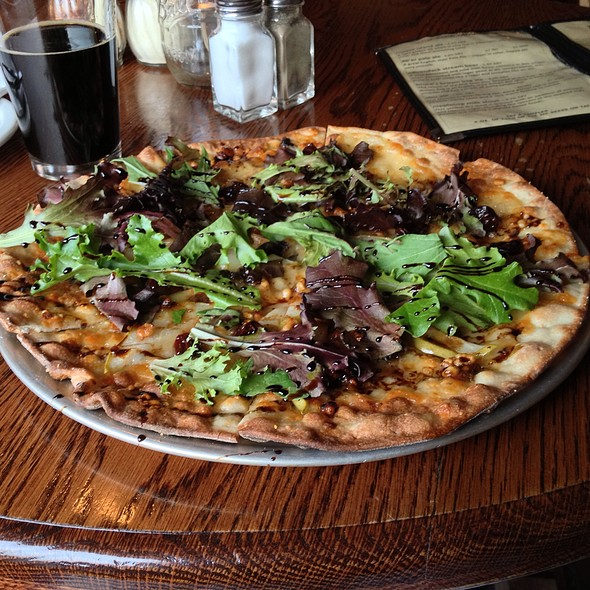 Pear & Maple Flatbread Pizza @ Lake Placid Pub & Brewery