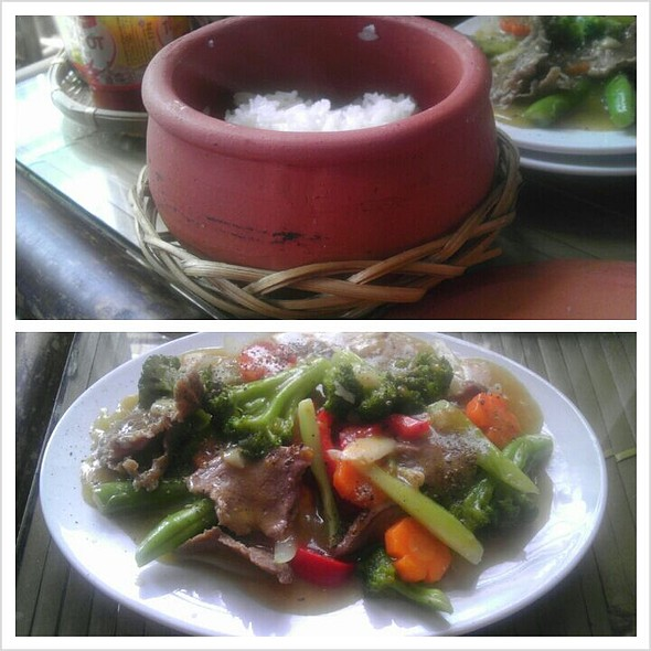 Sauteed Beef with Vegetables and Rice @ Goc Ha Thanh