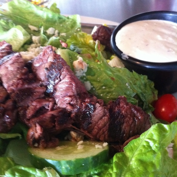 Steakhouse Salad @ Distillery The