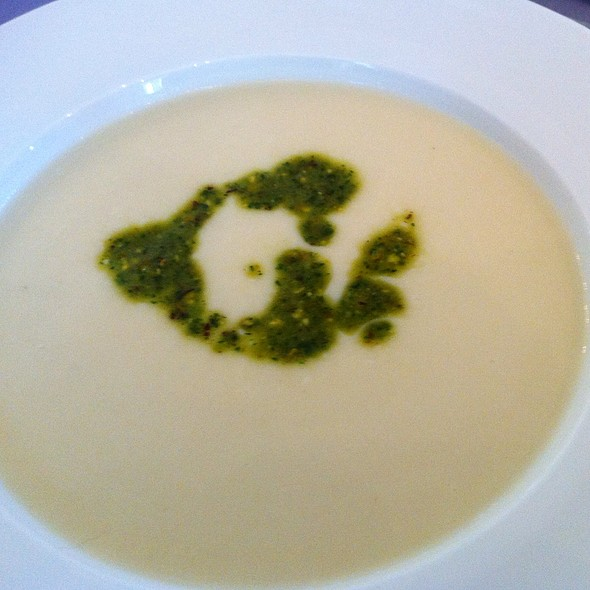 Potato Leek Soup W Pistachio Pesto @ General's Daughter