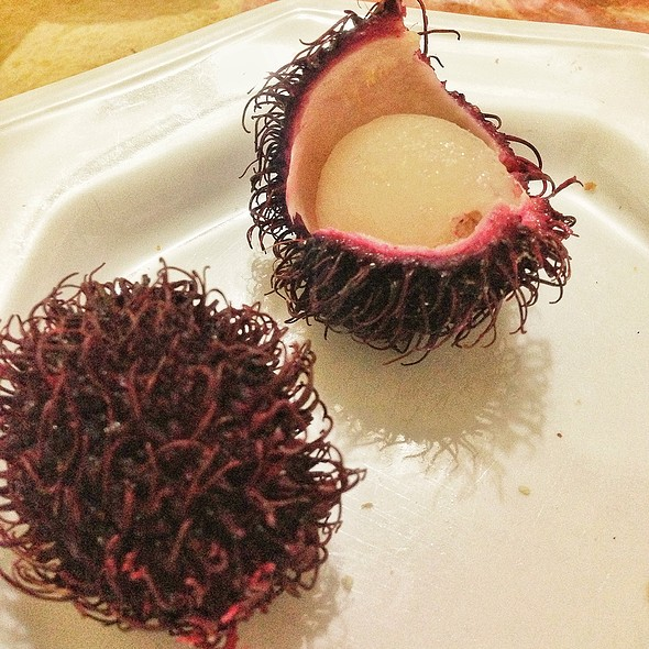 Rambutan @ At Home / Casa