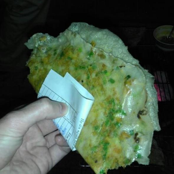 Rice Paper Omelette @ Chợ Đêm Đà Lạt