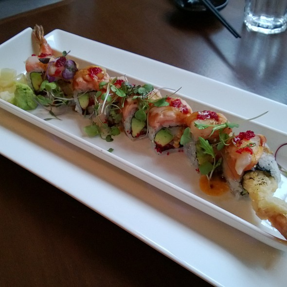 Yuzu Maki @ Yuzu Sushi and Sake Bar