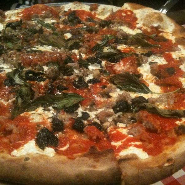 Pizza w. Italian Sausage, Mushrooms, Olives, Basil & Extra Cheese @ Grimaldi's Pizzeria