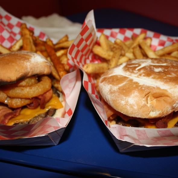 Western BBQ Burger @ Teddy's Bigger Burgers