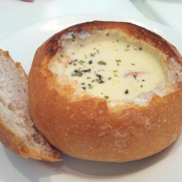 Seafood Breadbowl @ Citrus
