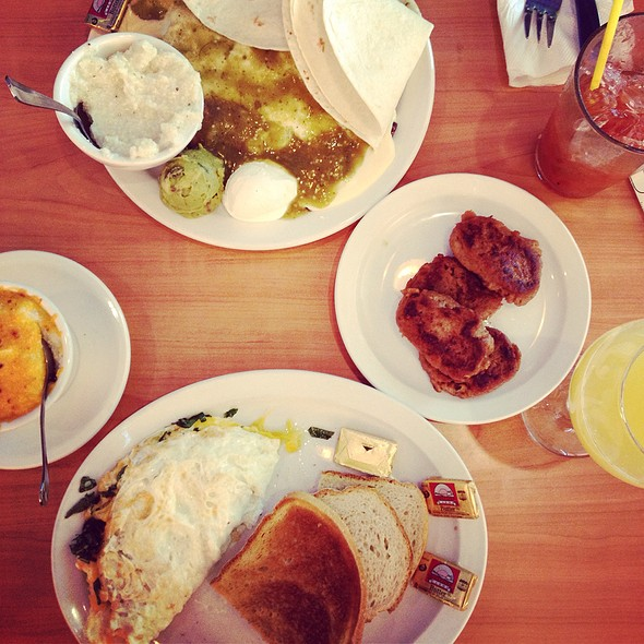 Breakfast @ Zada Jane's Corner Cafe
