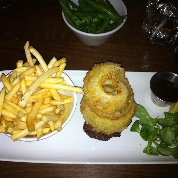 Fillet With Onion Rings @ The Hill