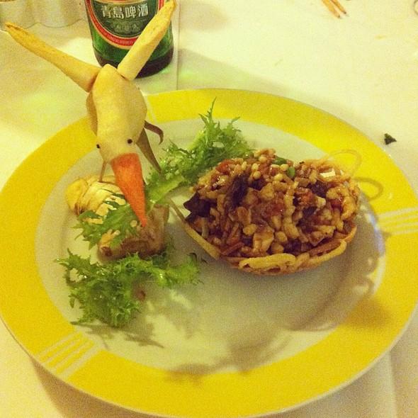Pollo Pinoli E Verdure In Nido Di Rondine @ Celebrita' S.A.S. Di Xu Hongnian