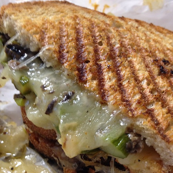 Truffled Grilled Cheese @ Spreads Sandwich Shop