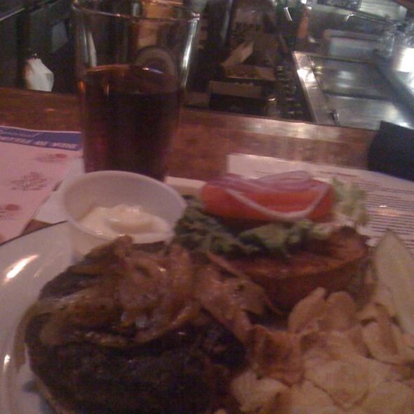 Bistro Burger @ Bistro 19