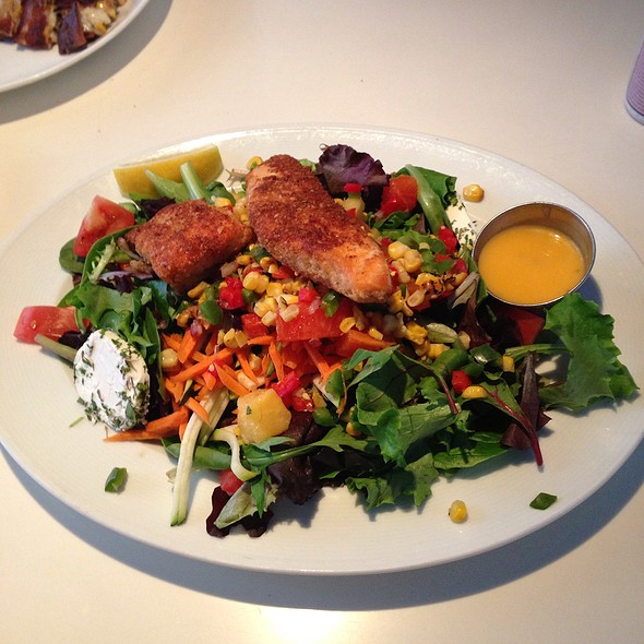 Salmon  Salad - Elm Street Oyster House, Greenwich, CT