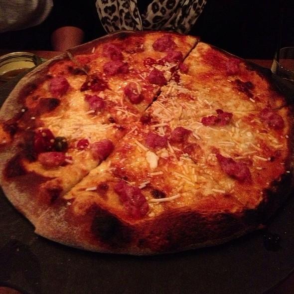 Calabrese Pizza @ Bar Toma