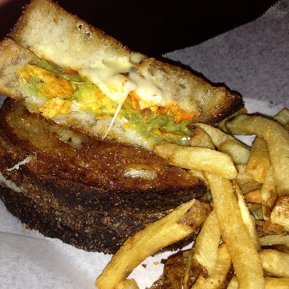 Grilled Cheese With Guac And Doritos @ Harlem Public