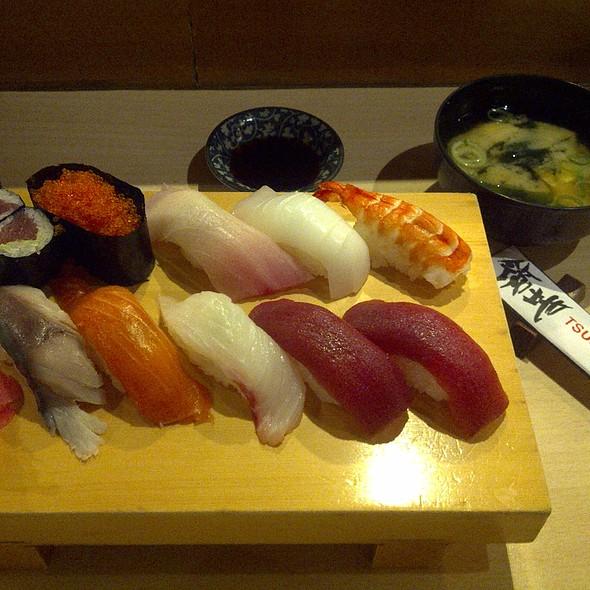 Sushi Sampler @ Tsukiji