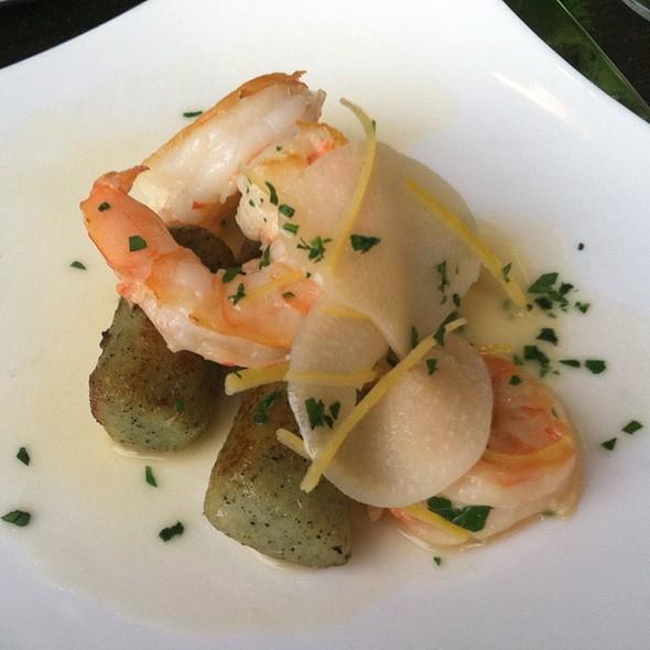 Gnocchi Vert With Sauteéd Shrimp