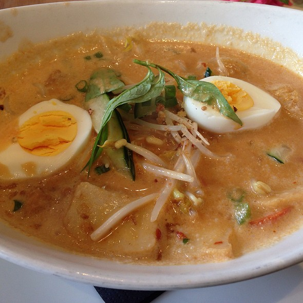 Singaporean Laksa Noodle Soup @ Straits Houston City Center