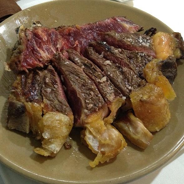 Chuletón De Buey | Galician Beef Rib Steak @ Brasa Y Vino