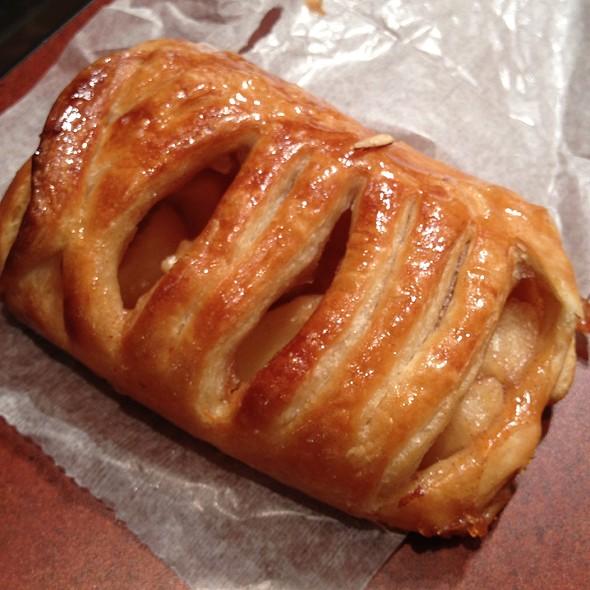 Apple Cinnamon Croissant