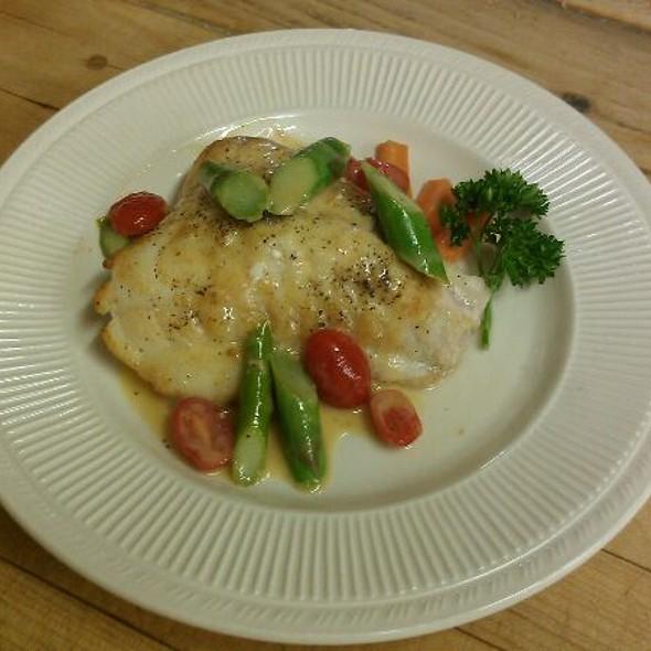Yellow Eye Rockfish, Asparagus & fresh tomato - A Touch of Italy, Egg Harbor Township, NJ