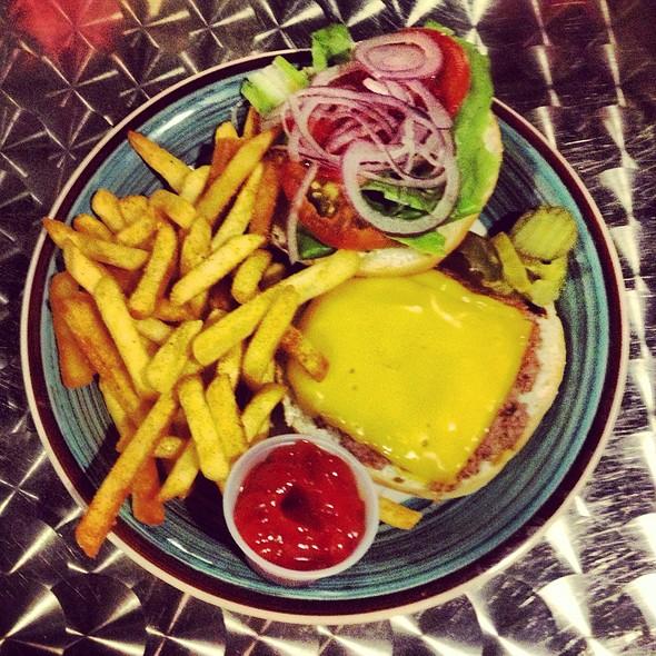 1/3 Pound Cheeseburger @ New York Bagel Cafe