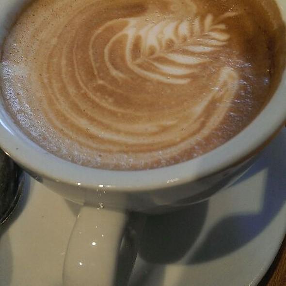 Flat White Coffee @ Costa Coffee