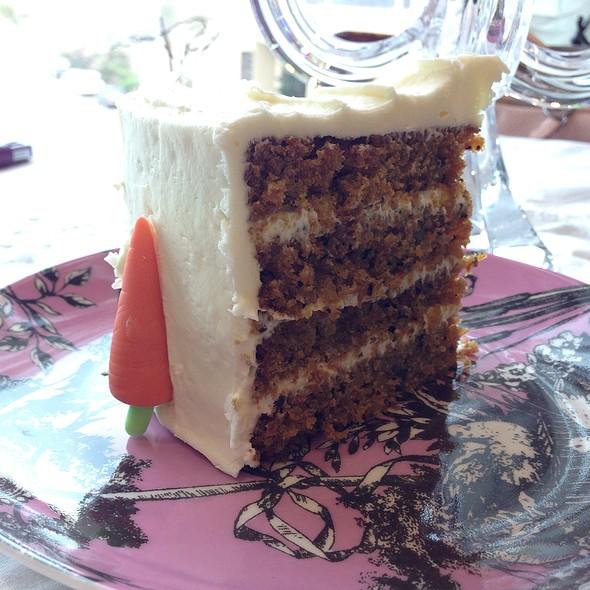 Carrot Cake @ The Tea Room @ Trosseau Al Aali Mall