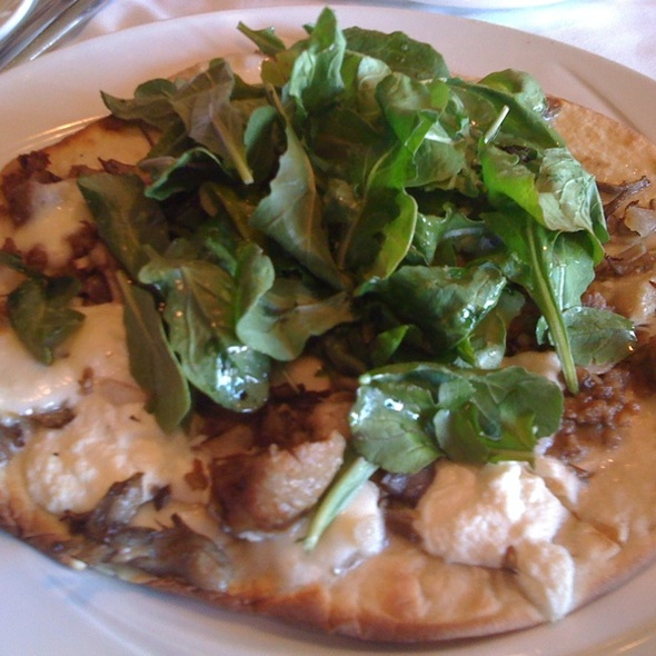 Creminelli Sausage Flatbread Pizza - The Glitretind Restaurant at Stein Eriksen Lodge, Park City, UT