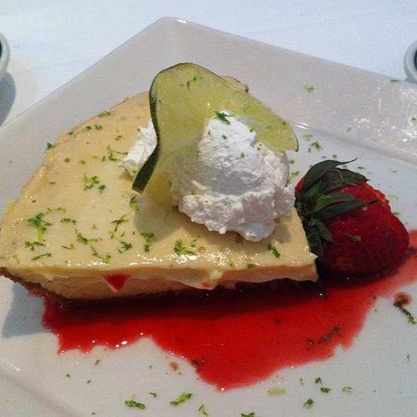 Key Lime Pie - The Grill on the Alley - Aventura, Aventura, FL