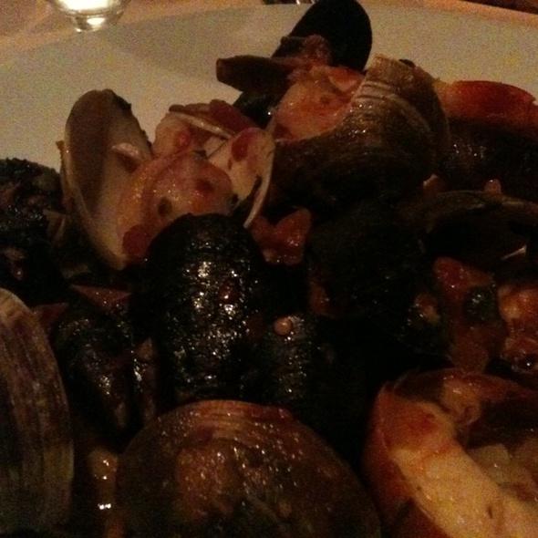 Seafood fra diavolo - Pasta Pasta, Port Jefferson, NY