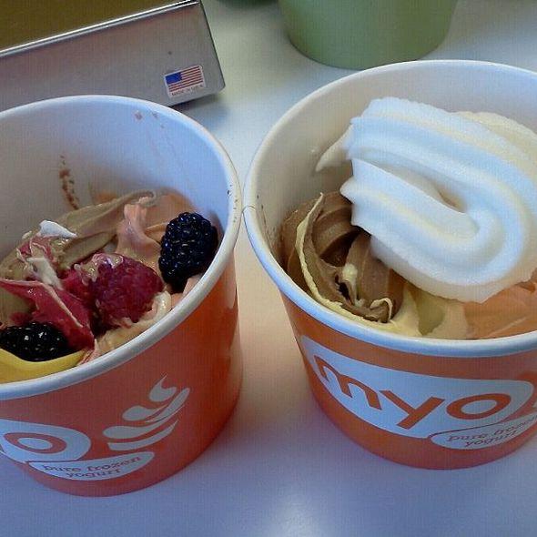 Frozen Yogurt @ Myo Yogurt
