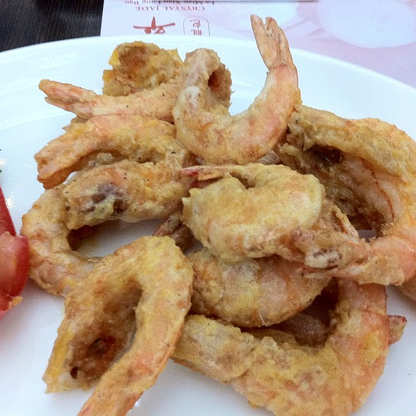 Deep Fried Prawns With Salted Egg Yolk 金沙脆虾球